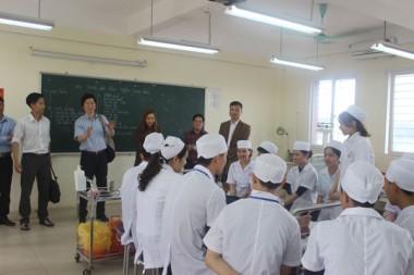 Tuyển sinh hệ cao đẳng Dược Hà Nội chính quy năm 2017