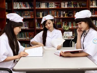 Học cao đẳng Dược không lo thất nghiệp