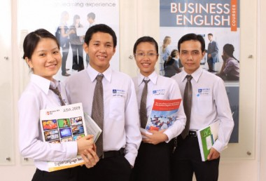 Có nên học văn bằng 2 Đại học Ngôn ngữ Anh (Tiếng Anh) tại Hà Nội