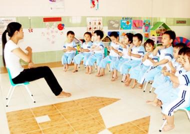 Giáo Viên Mầm Non tại các cơ sở mầm non tư thục ồ ạt đi học Văn Bằng 2 Trung cấp Mầm Non.